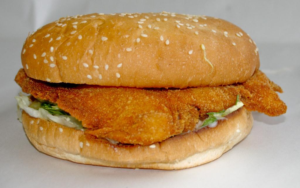 Chicken Schnitzel Burger At Metzis Tasty Takeaway Metzis S Vanessa Pike Russell Flickr