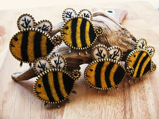 A bunch of wee bees...   by woolly  fabulous