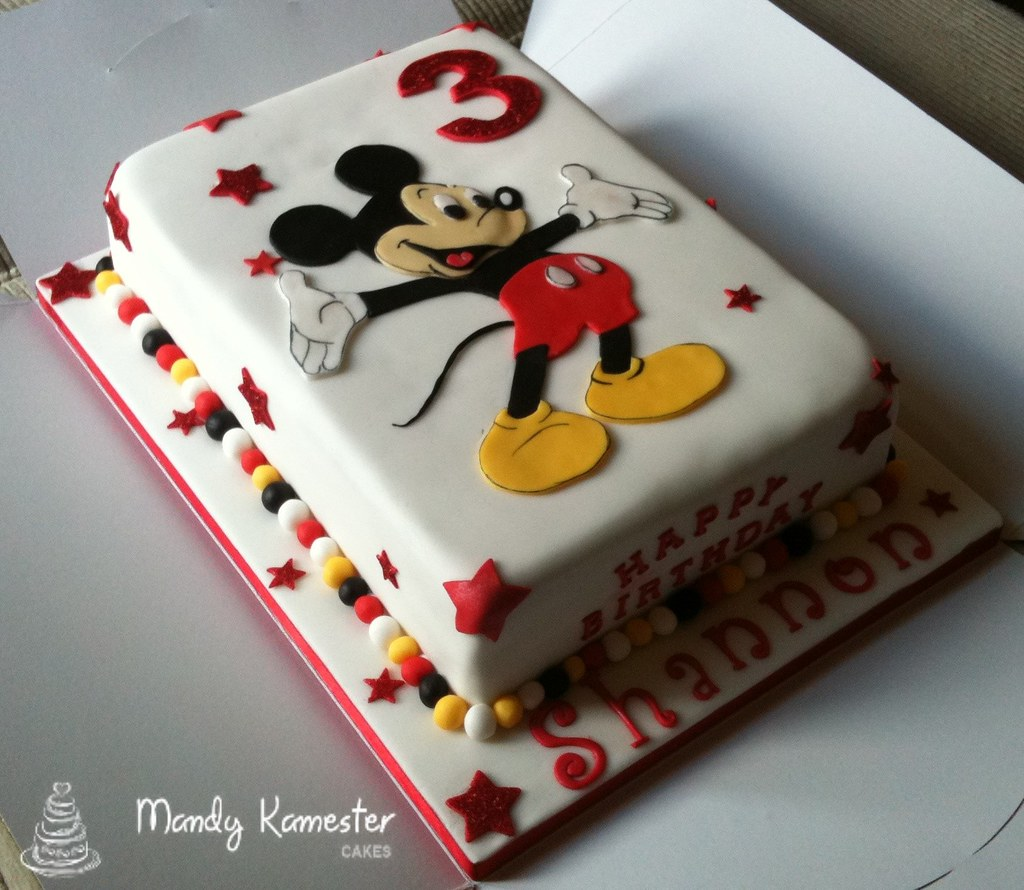 Mickey Mouse cake | This was a labour of love for a little g… | Flickr