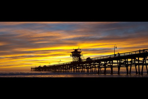 ocean california sunset sky people cloud seascape color beach water silhouette canon landscape golden pier dramatic atmosphere orangecounty sanclemente tone ef1635mmf28liiusm eos5dmarkii