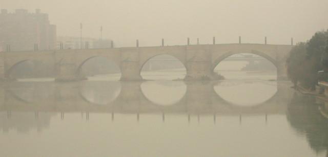 Puente de Piedra sobre el Rio Ebro en Zgz.