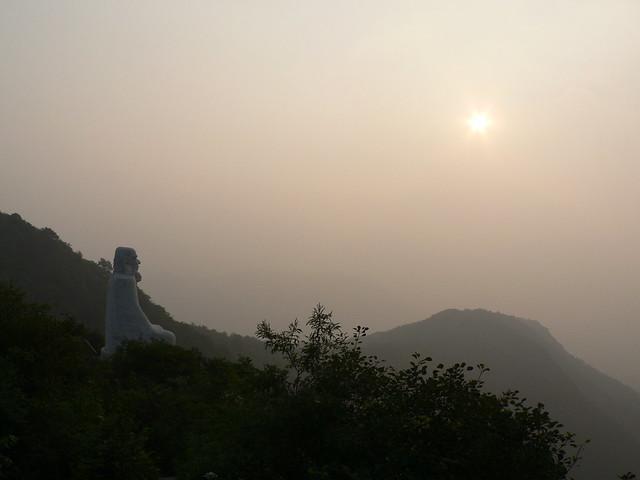 Sunrise @ Bodhidharma's cave