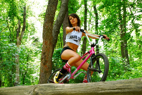 "Completed ""cropped"" photo. Nicole Lee for Square one Bmx-not cropped for add."