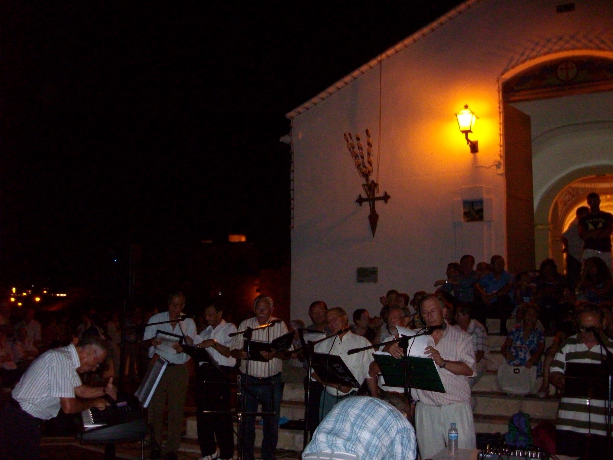 (2011-06-18) - II Serenata Los Marchosos - José Vicente Romero Ripoll (08)