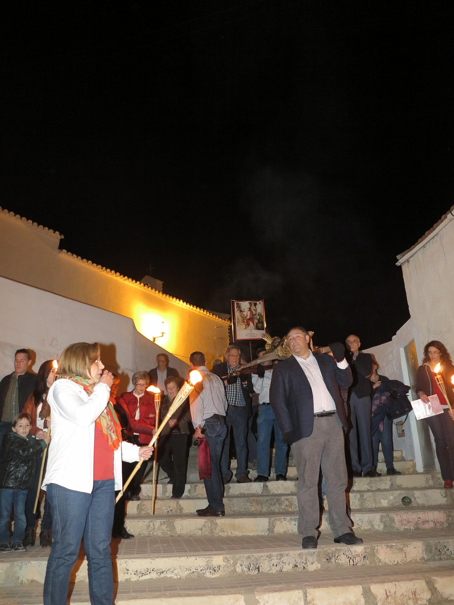 (2014-04-01) - V Vía Crucis nocturno - Antonio José Verdú Navarro (06)