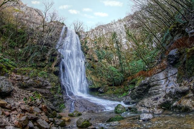 The waterfall of Autoire circus - La cascade du cirque d'Autoire 3