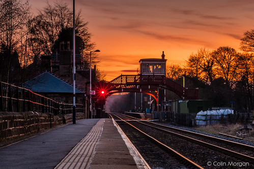 sunset night railway trains northumberland lighttrails wylam