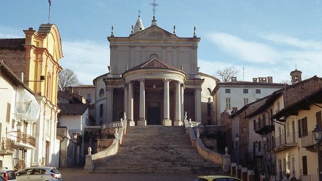 La chiesa parrocchiale dei Santi Martino e Stefano.