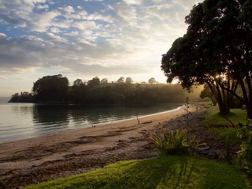 newzealand seascape beach sunrise landscape bay northisland rodney haurakigulf aucklandarea kawaubay scandrettregionalpark scandettsbay