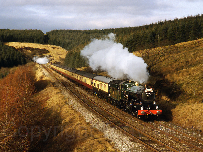 14th March 1998 GWR King Class 6024 King Edward I heading away from Rise Hill Tunnel towards Dent