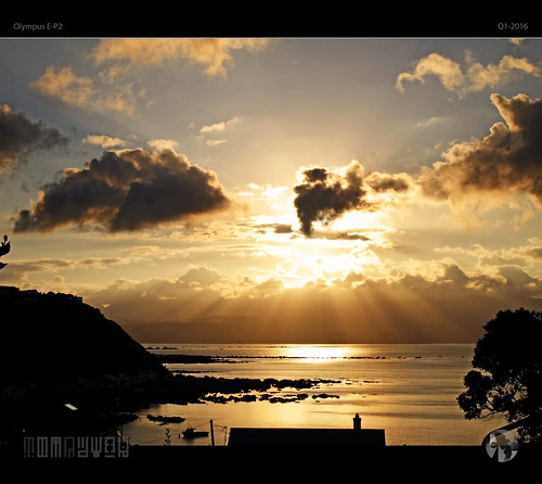 morning light sun mountains water clouds sunrise reflections golden coast olympus coastal ep2 tomraven aravenimage q12016