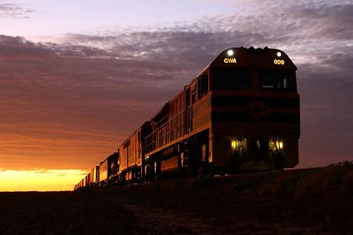 train sunrise railway locomotive southaustralia edi emd gwa pimba edidowner gwa009 geneseewyomingaustralia gwaclass