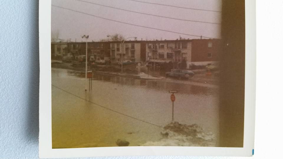 """Des scènes de """"Mafia Inc"""" tournés dans mon coin d'enfance (Pont-Viau, Laval). - Page 3 26286343396_c56d4669f2_b"""