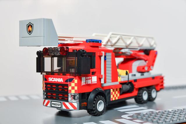 MOC Fire Aerial Ladder Truck