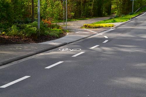 Radwegmarkierung Kurt-Schumacher Straße