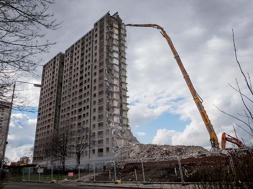 Pinkston Drive Demolition 2 | by vinegartom40
