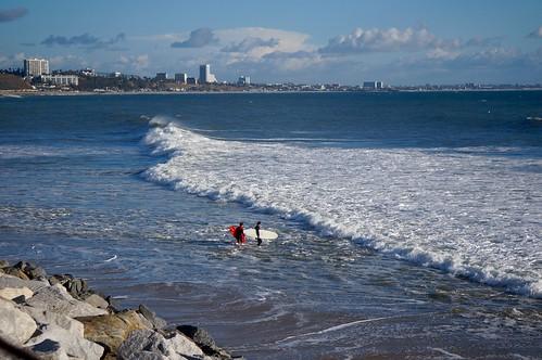 ocean sun beach water la losangeles surf santamonica surfers wetsuits pacificpalisades pw gladstones redsurfboard