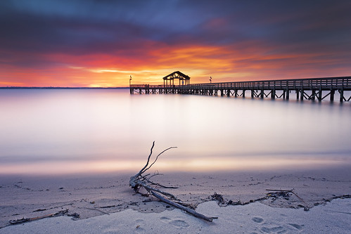 longexposure morning winter beach nature water clouds sunrise landscape dawn virginia pier sand colorful saturday peaceful structure driftwood bluehour potomacriver tranquil woodbridge waterscape