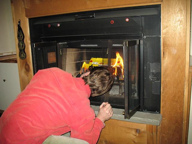 001_Fire_Burning_Flu_closed_Dan