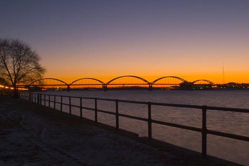bridge sunrise davenportiowa