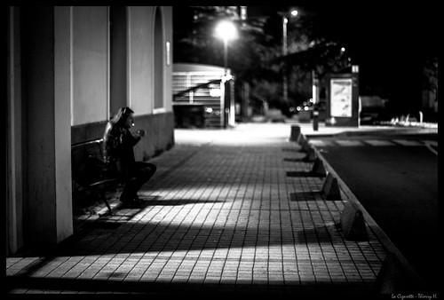 la cigarette   by thierry h37400