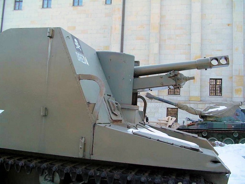 Sexton Self Propelled Gun 1