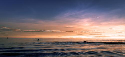 sunset mist seascape nature silhouette oslo norway canon colorful kayak magic cropped huk lightroom speedoflight 5dmarkiii canon16354l