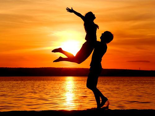 valentines-day-wallpaper-romantic-couple-3200x2400
