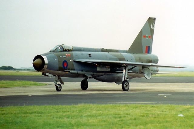 Lightning F.3 XR716 RAF Chivenor 22.07.87