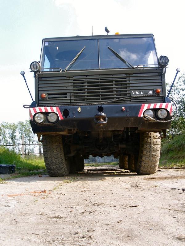 Tatra 813 Kolos 1