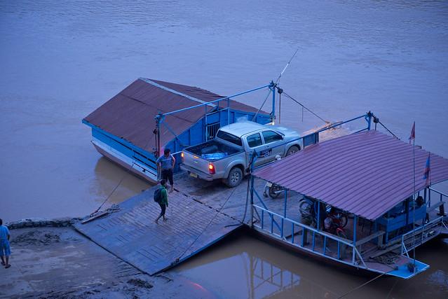 LAO216 Luangprabang 157 - Laos