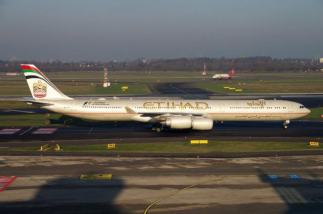 A340 A6-EHI Etihad 1
