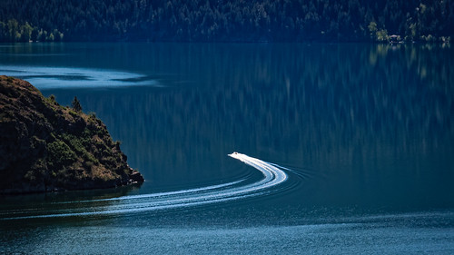Boat on Okanagan Lake | by Jacques P Raymond