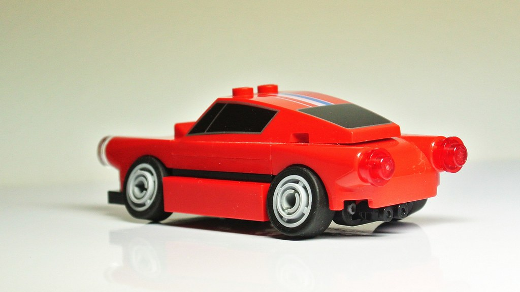 How to Build a Stanced Lego Car(MOC)   www youtube com/watch