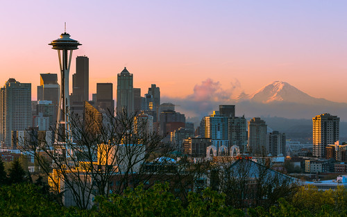 seattle cityscape sunrise morning spaceneedle mtrainier city pacificnorthwest canoneos5dmarkiii canonef100400mmf4556lisusm mountain johnwestrock washington