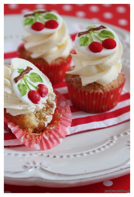 Cherry Springerle mini cupcakes