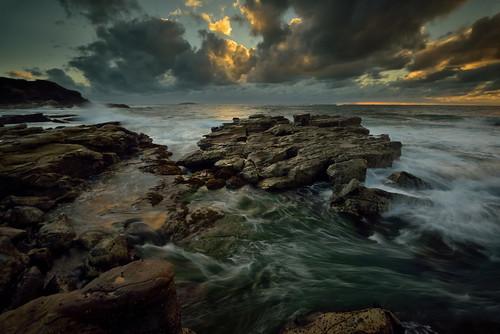 cloud seascape sunrise rocks waves australia newsouthwales aus watermovement swanseaheads nikon1635mmf4 chalkybeach nikond750