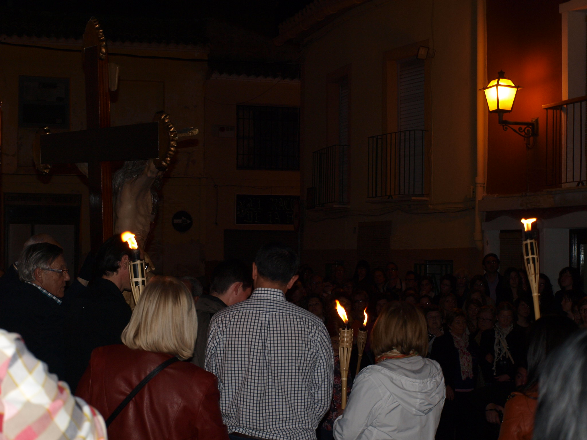 (2014-04-01) - V Vía Crucis nocturno - Paloma Romero Torralba (04)