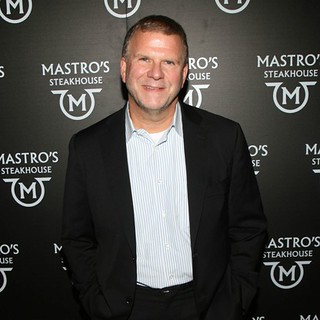 Tilman-Fertitta-Net-Worth | by itsyoungdee