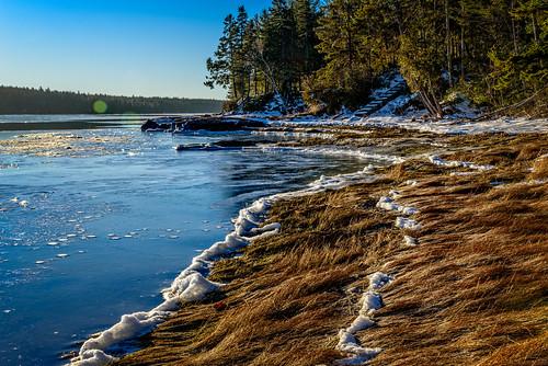 ocean winter usa snow ice water weather sunrise maine scenic lensflare gouldsboro clearskies hancockcounty binnshire grandmarshbay locationrecorded
