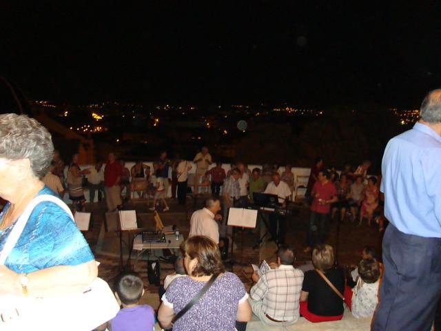 (2011-06-18) - II Serenata Los Marchosos - Javier Montesinos Villaplana (05)