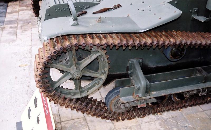 ルノー UE Tankette4