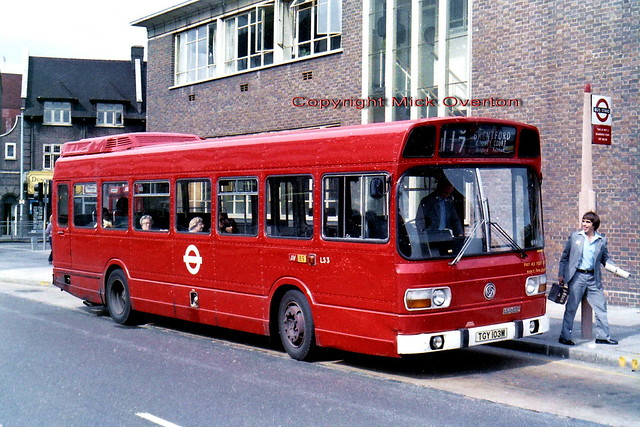 LS3 TGY103M Hounslow August 1982