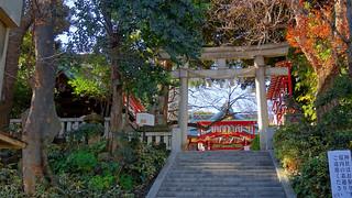 Irugi Shrine - Main Approach