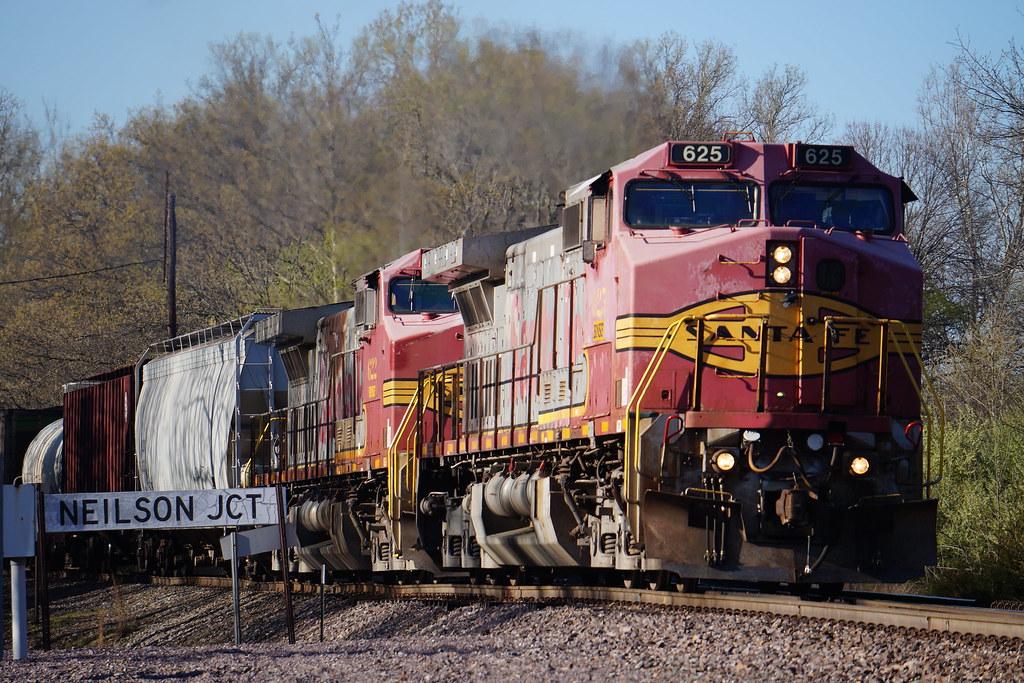 BNSF 625 Neilson, IL