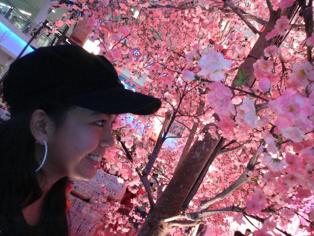 Izza: Nice Flowers...
