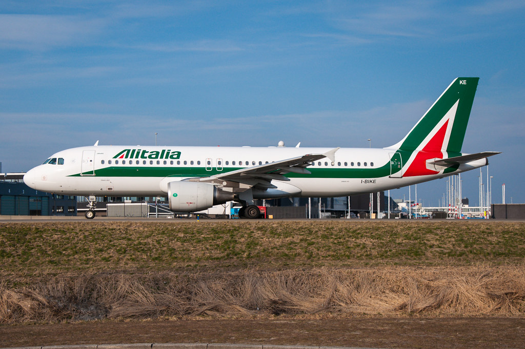 I-BIKE - Alitalia - Airbus A320-200