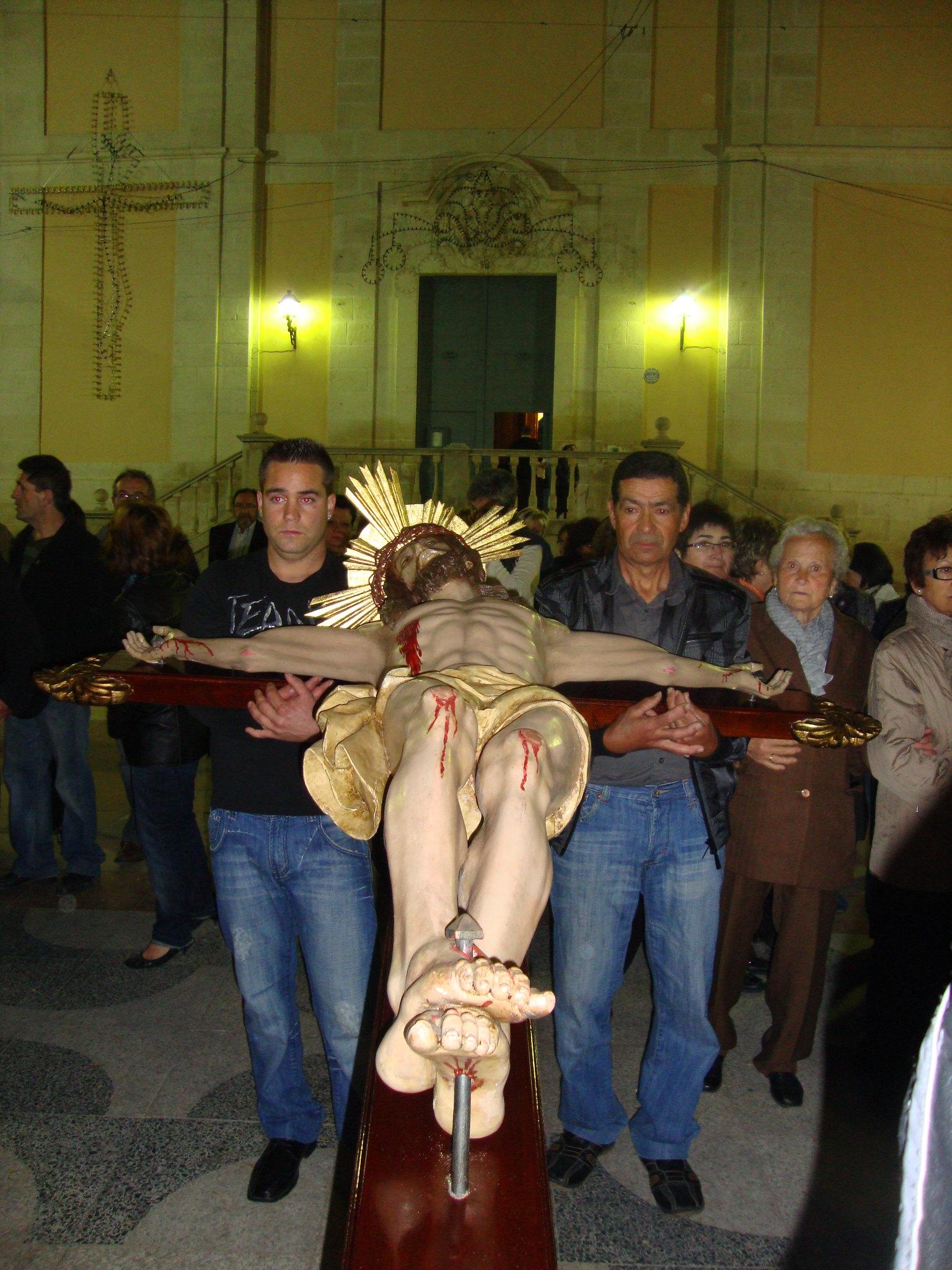 (2011-04-15) - II Vía Crucis nocturno - Javier Montesinos Villaplana -  (12)