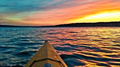 winter nature water landscapes colorful photographs kayaking theshef davesheffield mississippiriversunrise kayakingphotos beautifulsunrisewater motivationalspeakerkayaking