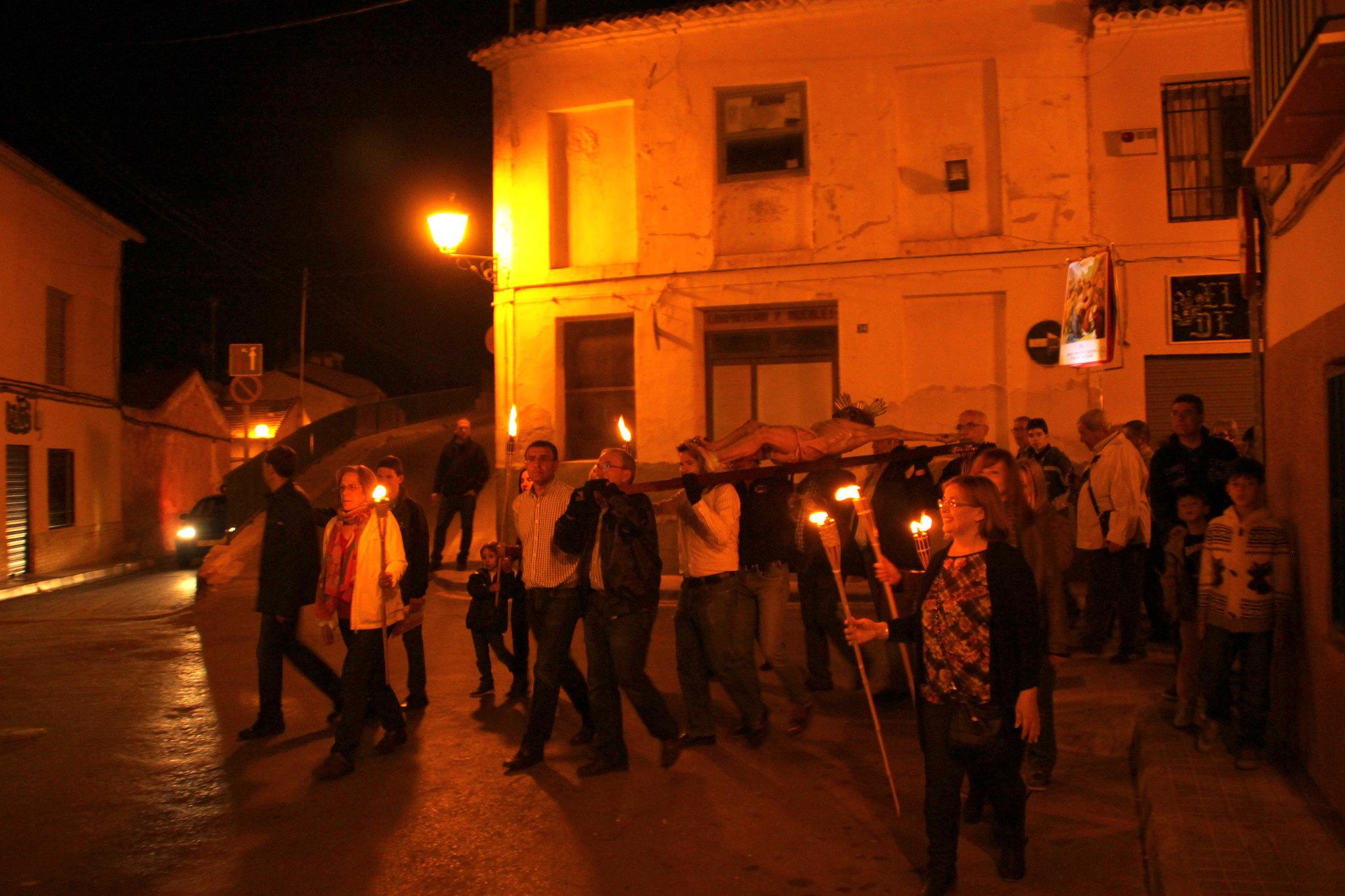 (2014-04-01) -  V Vía Crucis nocturno - Javier Romero Ripoll (26)
